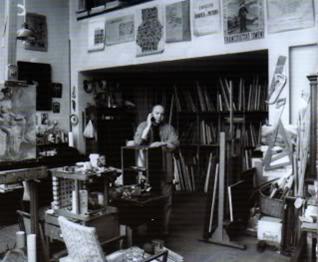 Andrei Chintilă în atelier