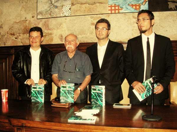 Presentación del libro Puentes Inconexos de Alexander Anchía Vindas